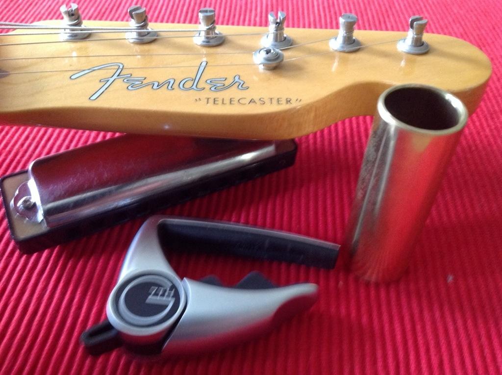 Fender Telecaster, capo, slide
