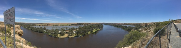 Murray River at Walker Flat